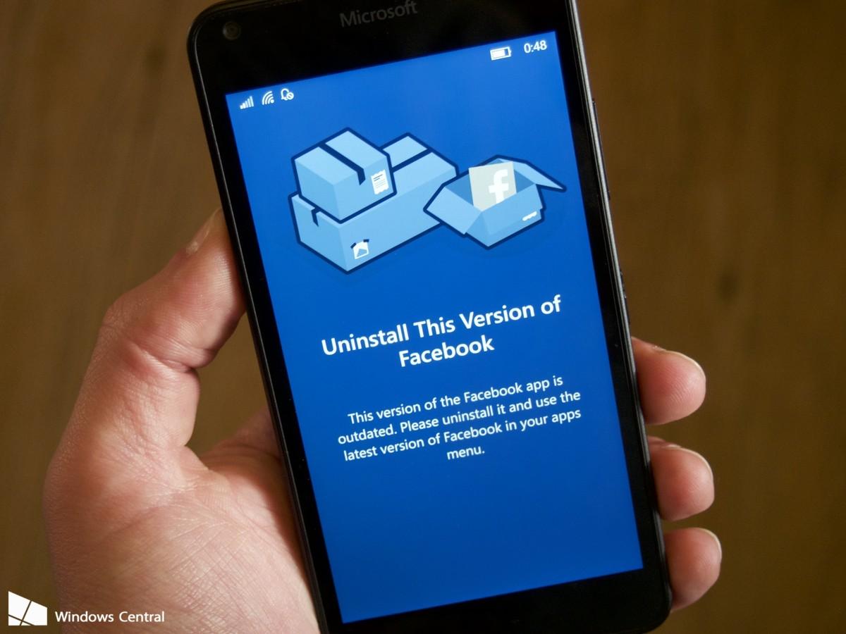 Microsoft retira o seu aplicativo Facebook do ar para promover a versão oficial