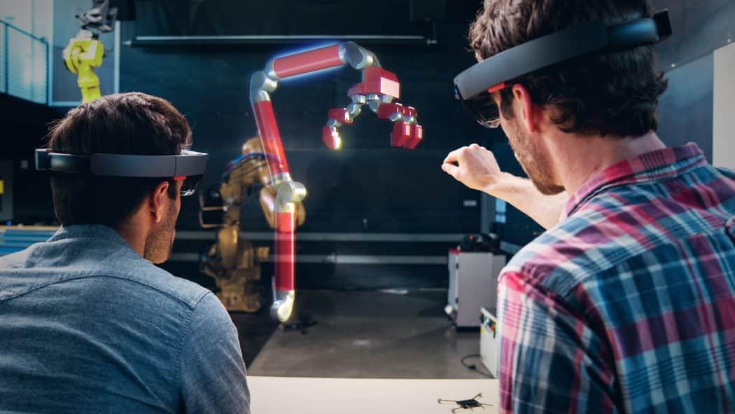(Vídeo) assista ao que pode ser feito quando o HTC Vive e o Microsoft HoloLens trabalham juntos