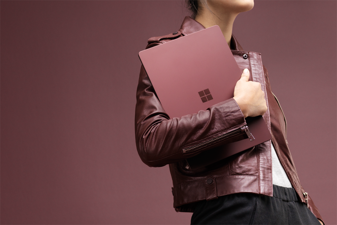 Conheça o Surface Laptop, o novo integrante da familia Surface que roda o Windows 10 S, veja: